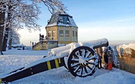 Romantické adventní trhy na pevnosti Konigstein a Drážďany