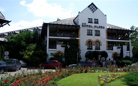 HUNGUEST Hotel FLÓRA, Maďarsko