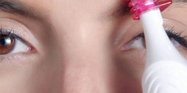 Zastřihovač chloupků Veet Sensitive Precision růžový2