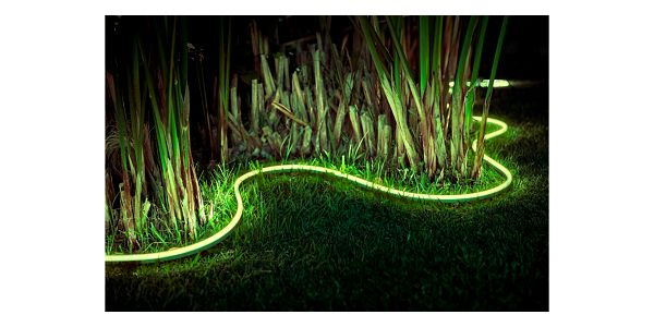 LED pásek Philips Outdoor Strip 5m, White and Color Ambiance (8718696804650)3