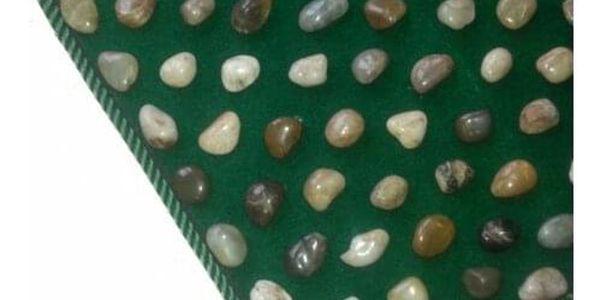 Modom Akupresurní podložka YUHUA s přírodními kameny3