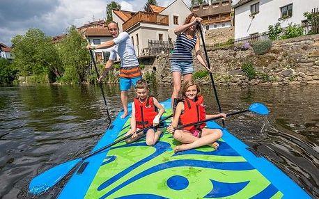 Rodinný výlet na big paddleboardu