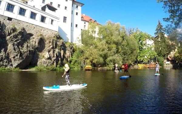 Výlet na paddleboardu pro dva | Český Krumlov | Duben - srpen. | 1,5 hodiny.2