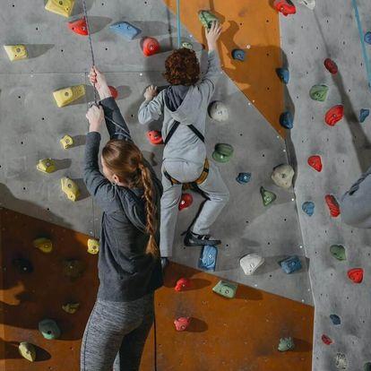 Kurz lezení na umělé stěně pro začátečníky i pokročilé