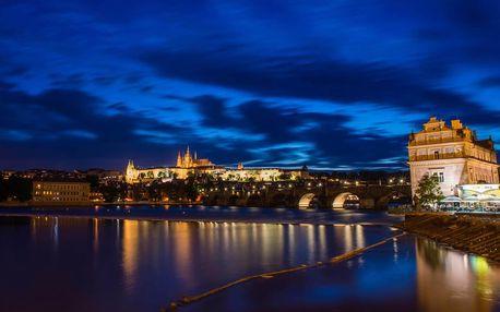 Vyhlídková plavba po Vltavě s večeří a živou hudbou