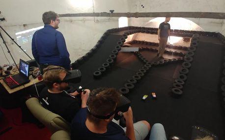 Dokonalá polovirtuání realita v Praze, FPV Monster Race ve Fun areně