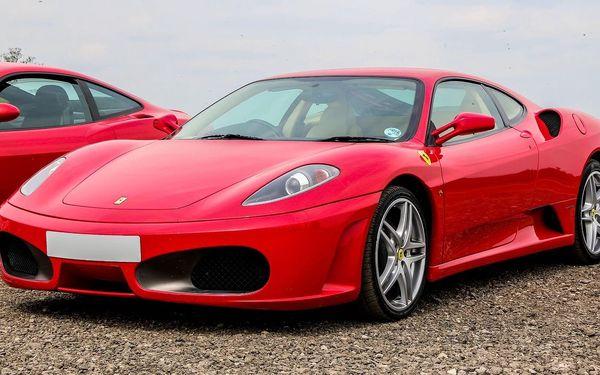 Jízda ve slavném Ferrari F430 F1 za skvělou cenu a hned v 6 městech