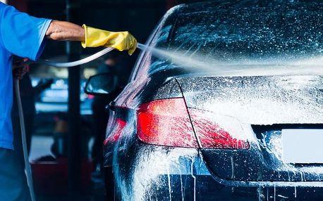 Automyčka: servis klimatizace i ruční mytí karoserie a čištění interiéru