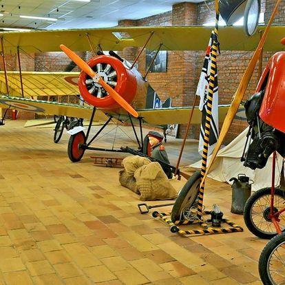 Vstup do Leteckého muzea Jana Kašpara i simulátor
