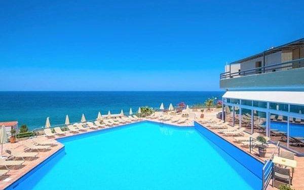 Hotel Skaleta beach