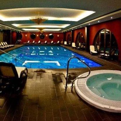 Wellness víkendový pobyt v 4 * hotelu u Budapešti se snídaní nebo polopenzí