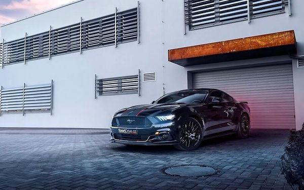 Jízda ve Ford Mustang GT 5.0 - 10 minut