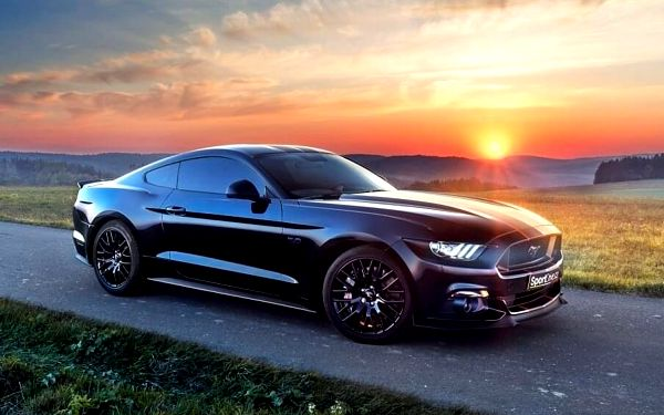 Jízda ve Ford Mustang GT 5.0 - 10 minut | Olomouc | 1. duben – 31. říjen | 10 minut jízdy + 15 minut administrativa5