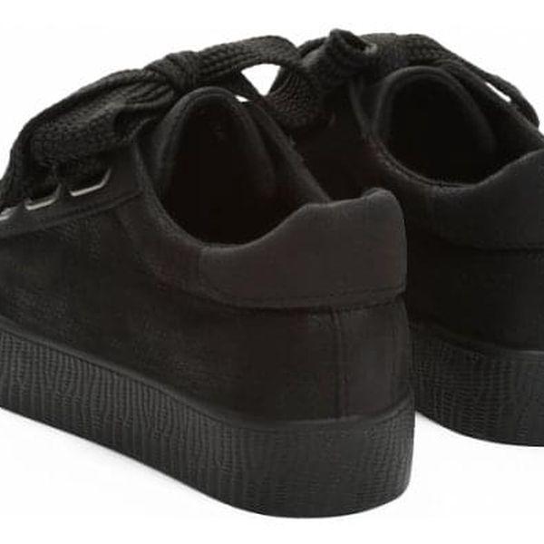 Dámské černé tenisky Model 83822