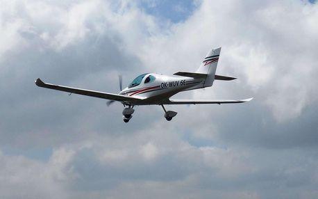 Pilotem na zkoušku! Vyhlídkový let v délce až 30 minut
