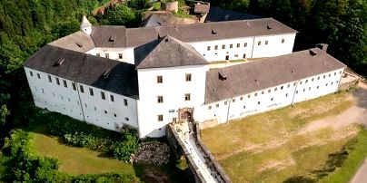 Chateau Goldenstein