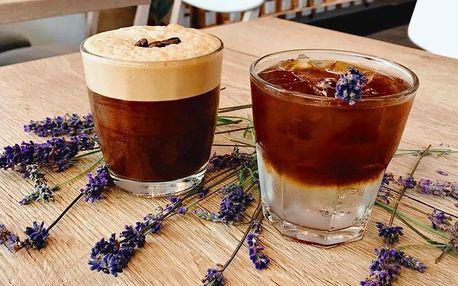 Ice latte, ice cappuccino nebo třeba espresso tonic