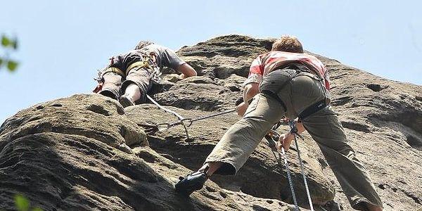 Kurz skalního lezení s výstupem na skalní věž | Adršpach, Český ráj | Květen – říjen, podle počasí. | 1 den (podle fyz. schopností, počasí a lokality).4