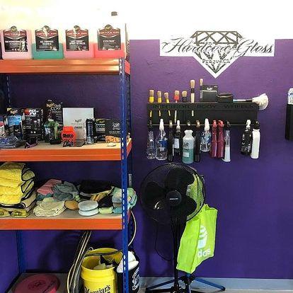 Mytí exteriéru, čištění interiéru či renovace laku vozidla