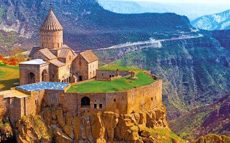 Arménie letecky na 8 dnů