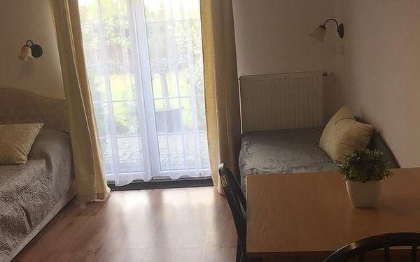 Dvoulůžkový pokoj s manželskou postelí a přistýlkou4