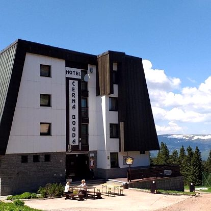 Hotel Černá bouda v Janských Lázních s polopenzí