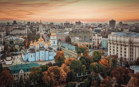 Ukrajina letecky na 5 dnů, snídaně v ceně