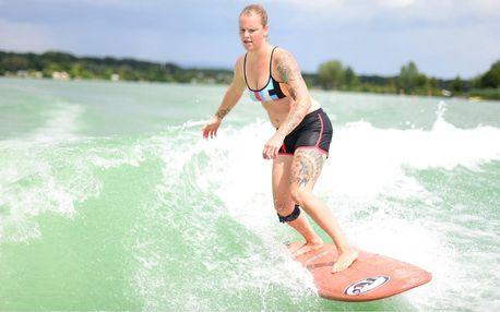 30 nebo 60 min. wakesurfingu či wakeboardingu