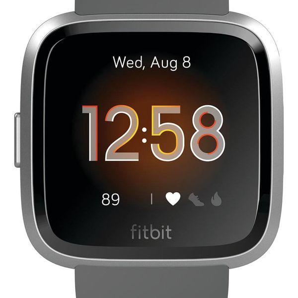 Chytré hodinky Fitbit Versa Lite - Charcoal Band / Silver Case (FB415SRGY)3