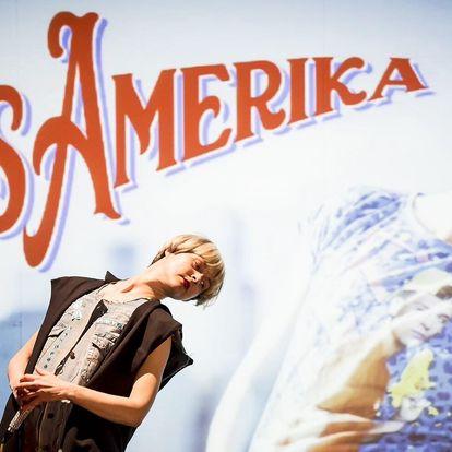 Multimediální představení Miss Amerika