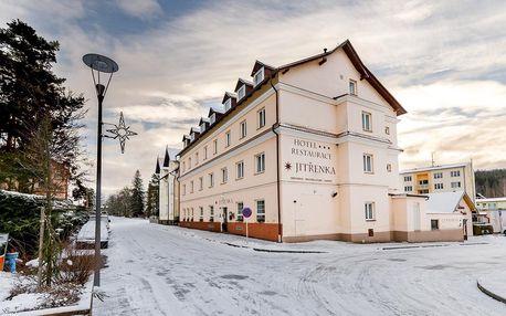 Konstantinovy Lázně: Hotel Jitřenka