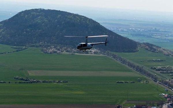 Vyhlídkový let vrtulníkem R44 - 1 osoba   Roudnice nad Labem   celoročně (dle počasí)   6-7minut letu + instruktáž2