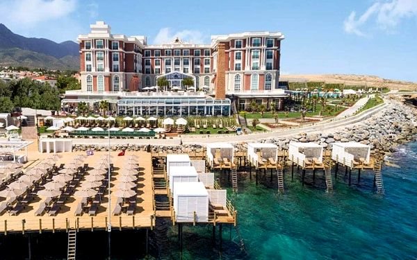 Hotel Kaya Palazzo Resort & Spa