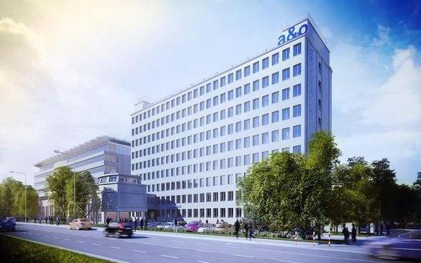 Vzrušující pobyt ve Varšavě ve zbrusu novém A&O Hotelu 3 dny / 2 noci, 2 os., snídaně4