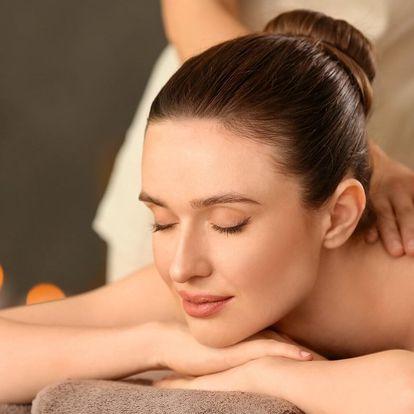 Reflexní masáž chodidel a masáž zad, krku i šíje