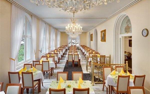 SVOBODA - Mariánské Lázně, Západní Čechy, vlastní doprava, snídaně v ceně2