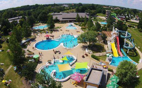 Zábava ve vodním světě Várkertfürdő s 18 vnějšími i vnitřními bazény