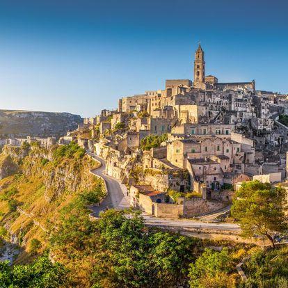 Itálie - Kalábrie letecky na 8 dnů, polopenze