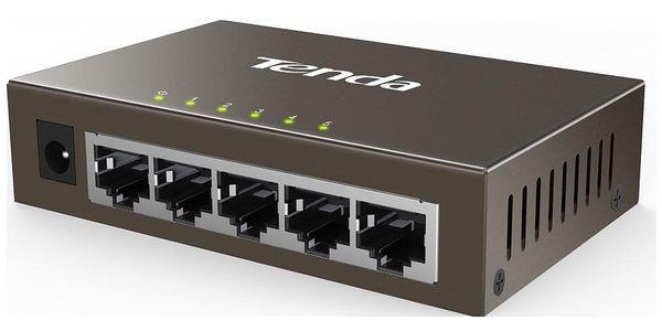 Switch Tenda TEG1005D černý3