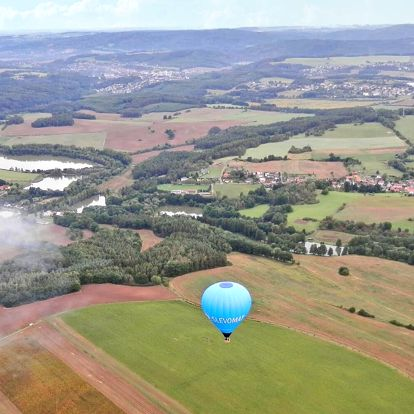 Let balonem vč. slavnostního křtu pro 4 osoby