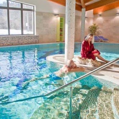 Beskydy u Pusteven: Sport Art Centrum Hotel **** s bazénem, koupelí a polopenzí