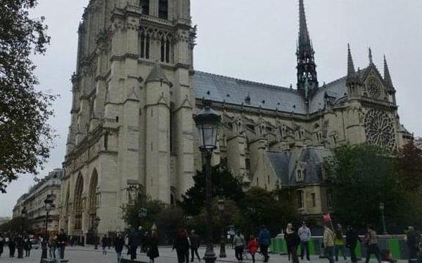 Na skok do Paříže, Paříž, autobusem, snídaně v ceně2