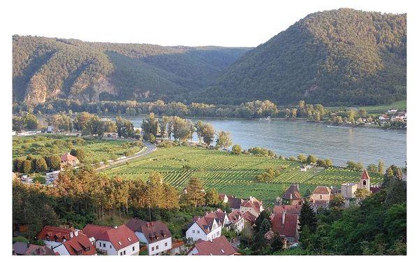 Romantické údolí Wachau s plavbou po Dunaji a návštěvou Vídně, autobusem, snídaně v ceně4