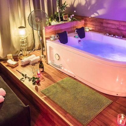 Romantika pro dva: privátní wellness se sektem i masáží