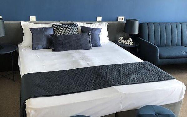 Dvoulůžkový pokoj Standard s manželskou postelí4