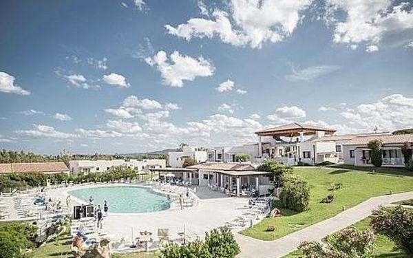 Grande Baia Hotel, Sardínie, letecky, polopenze3
