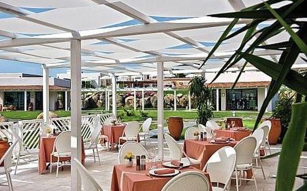Grande Baia Hotel, Sardínie, letecky, polopenze4