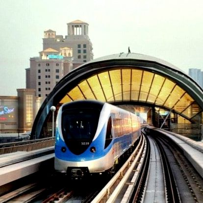 Spojené arabské emiráty letecky na 9 dnů