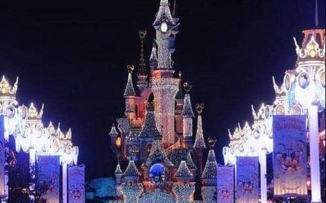 Pohádkový Silvestr v Paříži s návštěvou Disneylandu a ohňostrojem. Zábavný 4denní zájezd s ubytováním