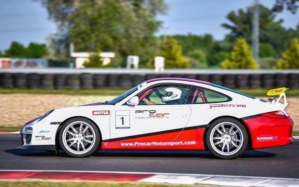 Jízda v supersportu Porsche 911 Carrera5